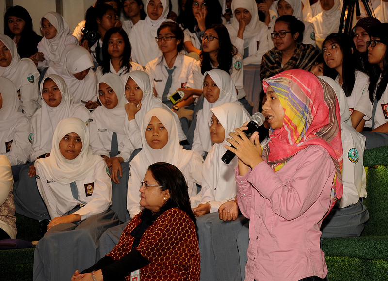 Activists adressing women issues at an event in Jakarta  - credits by US embassy